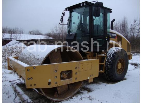каток Caterpillar CS56B